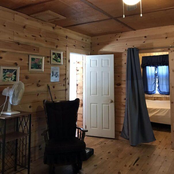 RiverviewCottage_Livingroom_1